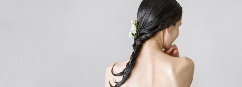 ¿Sabes cómo cuidar tu cabello en otoño?